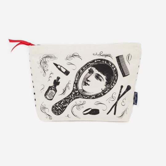 Wash-Bag---Lady-in-the-Mask